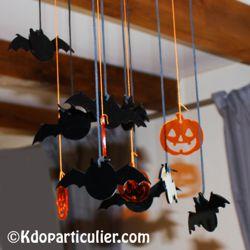 Décoration d'Halloween: mobile chauve-souris et citrouille