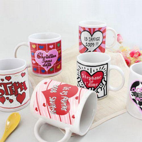 id e cadeau amoureux le duo de mugs personnalis s coeur. Black Bedroom Furniture Sets. Home Design Ideas