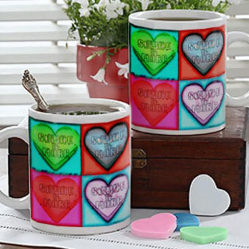id e cadeau amoureux le duo de mugs personnalis s coeur. Black Bedroom Furniture Sets. Home Design Ideas
