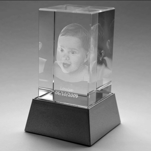 Bloc presse-papier en verre avec photo 3D incrustée à l'intérieur