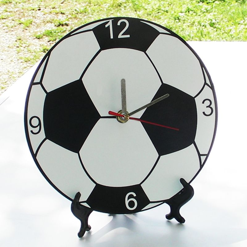 horloge murale personnalis e ballon de foot. Black Bedroom Furniture Sets. Home Design Ideas