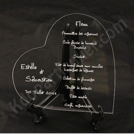 menu de mariage en forme de coeur