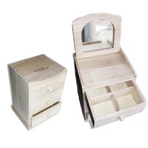 image de boite à bijoux en bois