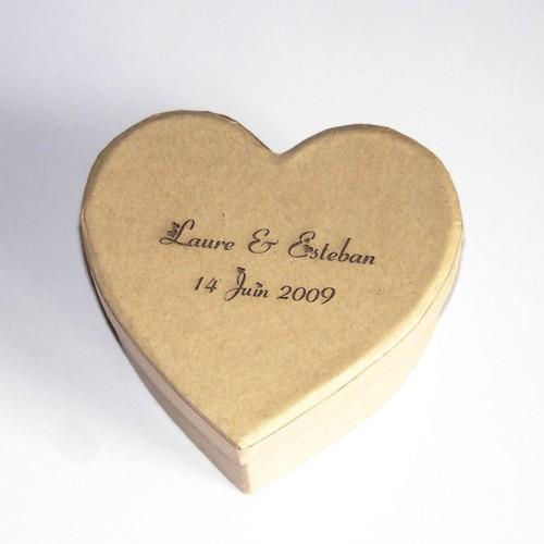 Petite boite drag es en forme de coeur personnaliser - Petite boite allumette a personnaliser ...