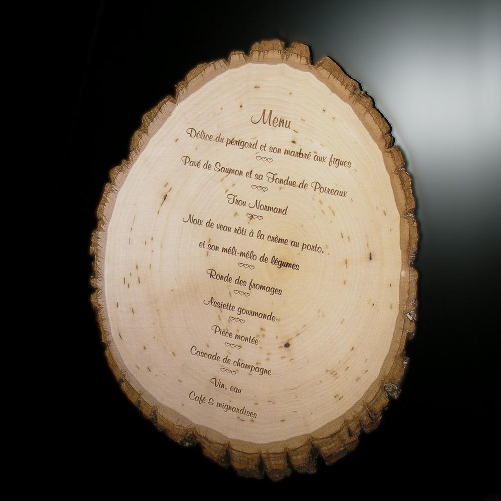 Menu grav sur bois for Idee de menu original