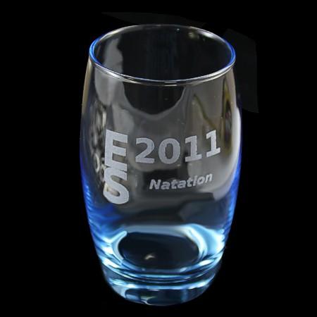 verre à eau bleu gravé
